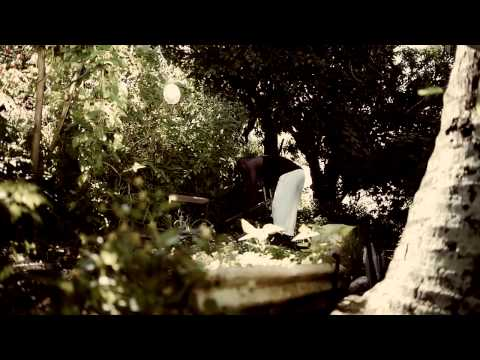 TILOUN - Siro   [ Réalisation  FUTURCREW : Roko / Konix  ]