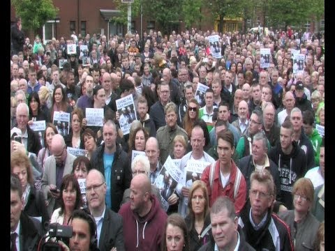 Huge Rally in Support of Gerry Adams