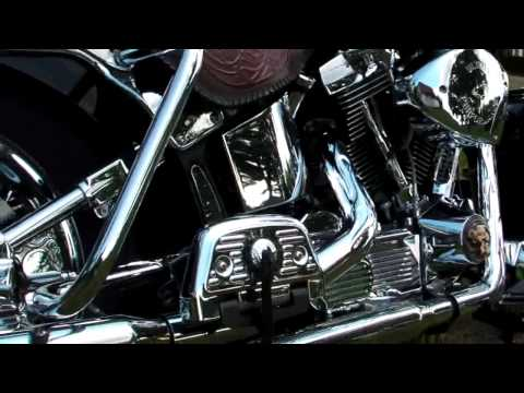 Harley Davidson Heritage Softail Custom Bike of my wife... Video