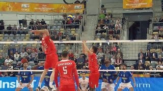 TOP 10 The Most Powerful Volleyball Spikes by Middle-Blocker |Men's Club World Championship 2017