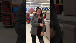 Woman Has the Audacity tell Hmong shoppers on Black Friday to 'speak the language'