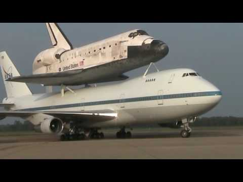 Shuttle Discovery at Barksdale Air Force Base