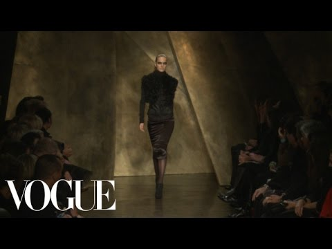 Donna Karan Ready to Wear Fall 2013 Vogue Fashion Week Runway Show