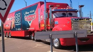 V8 SUPER CARS BIG RIG CONVOY PULL INTO HIDDEN VALLEY 2015