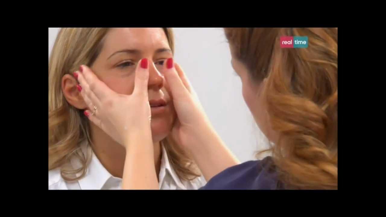Hypostases sotto occhi una malattia di una ghiandola tiroidea