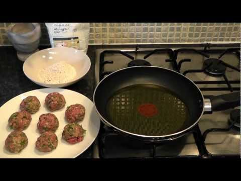 Meatballs Beef mince with cinnamon Recipe How to make Rissoles Food meat balls