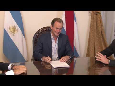 """Gustavo Bordet: """"Los decretos del gobierno nacional son inconstitucionales"""""""