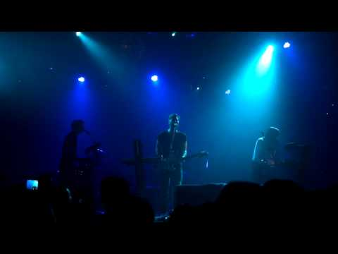 2012-01-11 The Naked and Famous,Girls Like You (Live in Taiwan)