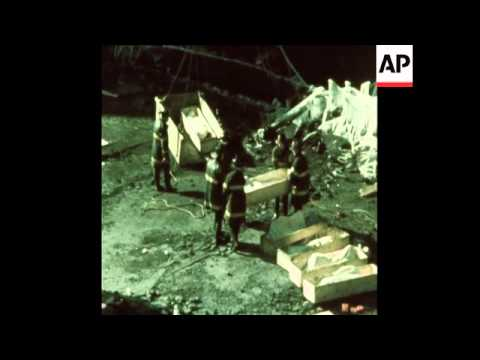 SYND  12-2-73 BODIES RECOVERED FROM GAS STORAGE TANK BLAST ON STATEN ISLAND