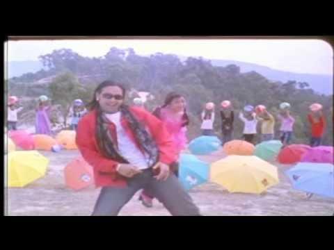 Sarara Sarara - Nepali Filmy Song - Manma Maya - Rekha Thapa - Ramit Dhungana video