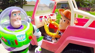 Woody And Buzz Summer Adventure to Find Toy Story 4 Friends