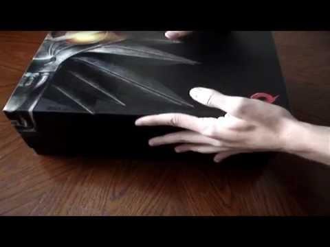 Распаковка игры Ведьмак 2 (коллекционное издание)