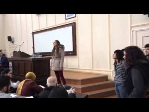 İstanbul Üniversitesi'nde amfilere giren üniversiteliler Berkin için ses çıkartıyor