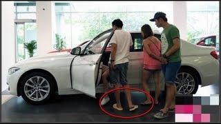 Trường Giang vào showroom sang chảnh mua ô tô mới, thử xe rõ xịn mà nhìn xuống chân ai cũng hốt