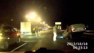 NEW scary car accident in Russia!!car crash roll over!!