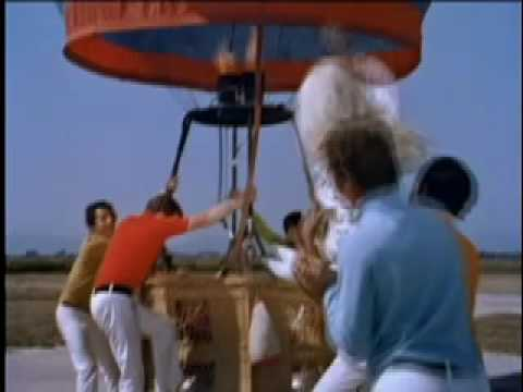 Nancy Sinatra up Up And Away video