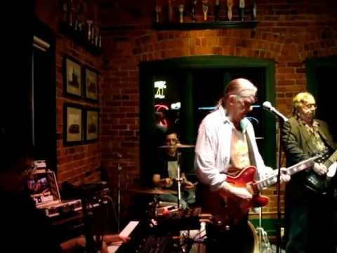 Steve Cooley and the Dngerfields-The Spar-1-20-13-BackFromTexas-ImReady.MPG