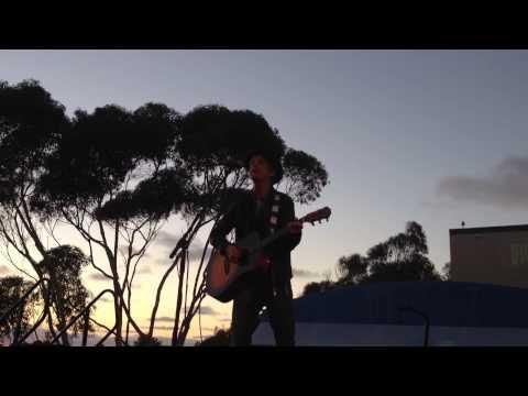 Steve Poltz Sings About Tony Gwynn