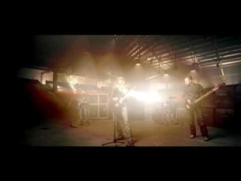 Nickelback - Feeling Way Too Damn Good