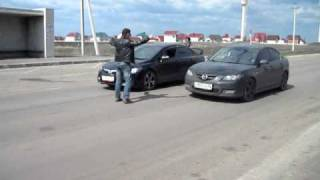 Mazda 3 2.0 vs Honda Civic 1.8