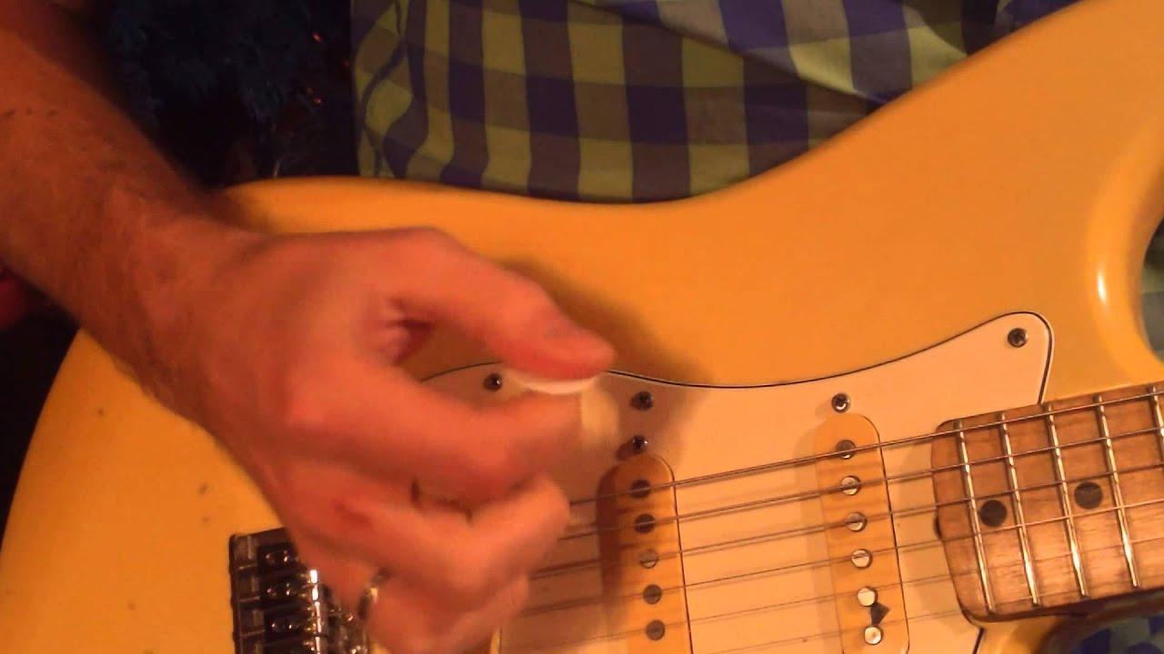 Как на электрогитаре сделать звук