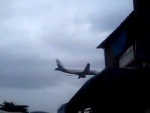 Indigo Airlines Airbus A320 Landing