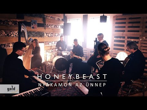 HONEYBEAST – Nyakamon az ünnep | Official Music Video