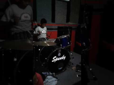 Drummer Cilik (Dede Satrio) Lagu Perpisahan Termanis versi Mutuality Band
