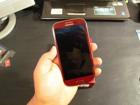 Unboxing and First Look: Garnet Red Samsung Galaxy S3 International Version