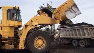 Caterpillar 990 F Loader  Loading Coal On Trucks