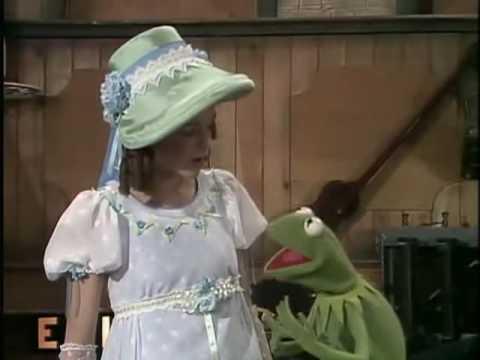 The Muppet Show – S3 E4 P1/3 – Gilda Radner