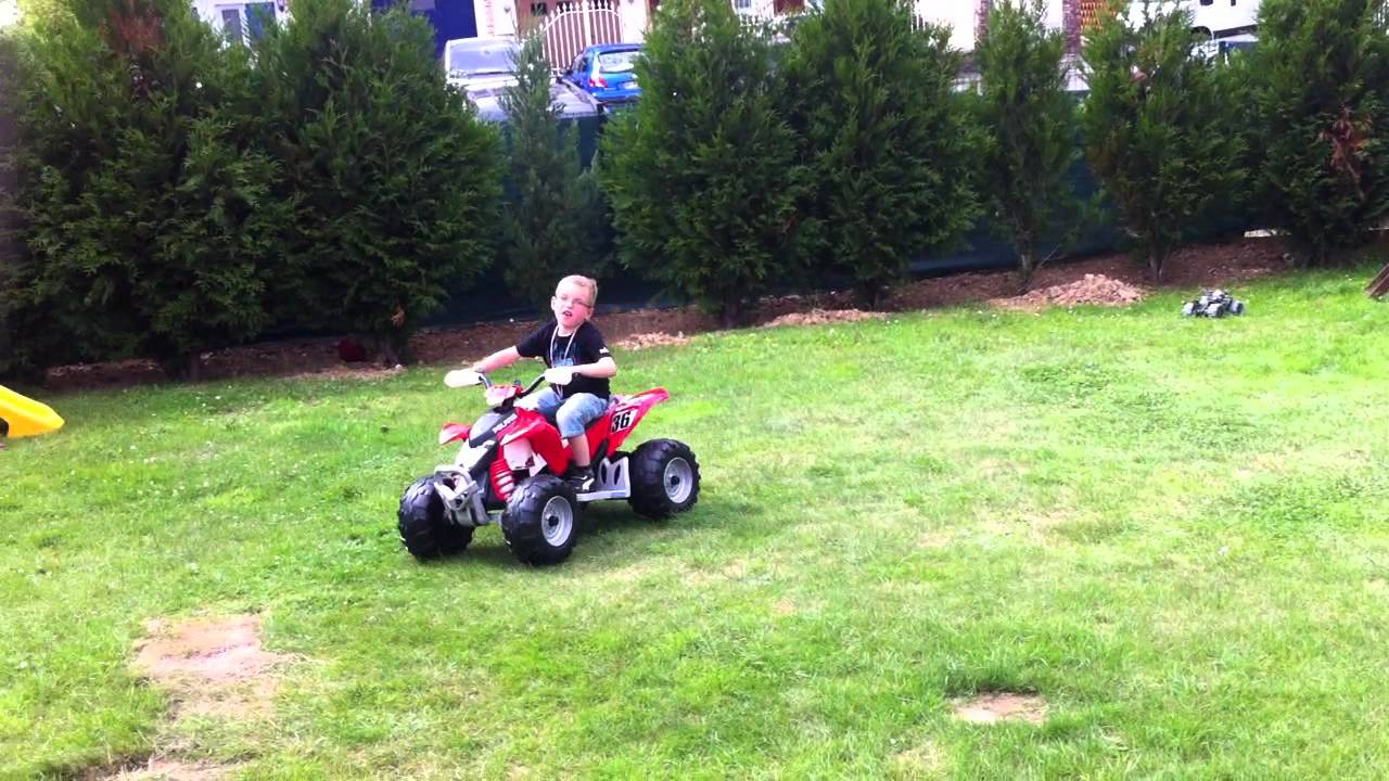 Peg perego polaris outlaw 12 volts youtube for Peg perego polaris outlaw