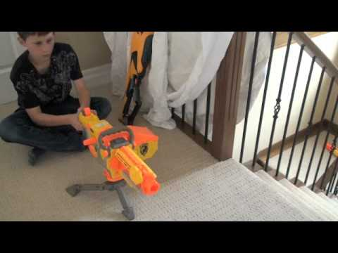 Nerf war treasure battle