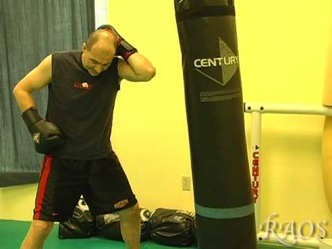 Kickboxing Training - Transitions Between Punches Image 1