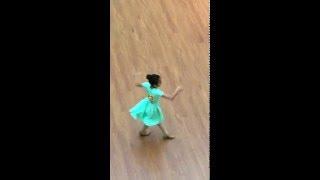 Giải trí 24h: Đinh Thùy Dương - Bước Nhảy hoàn vũ
