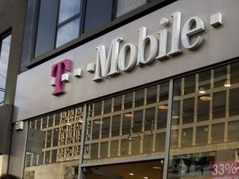 MoneyWatch: T-Mobile accused of scam; Dow looks to break record