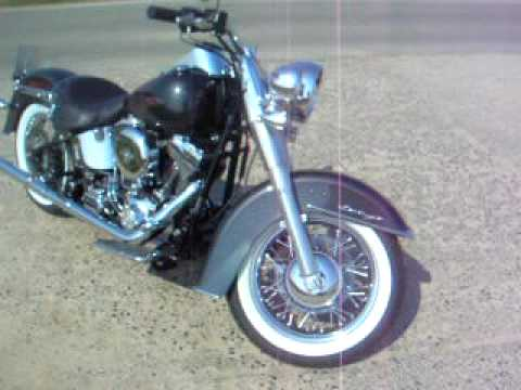Harley-Davidson Softail Deluxe 2005 V&H Softail Duals Video
