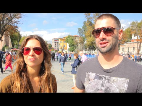 Ülkenizin Bayrağının Neyi Temsil Ettiğini Biliyor Musunuz? | Turistlerle Röportajlar