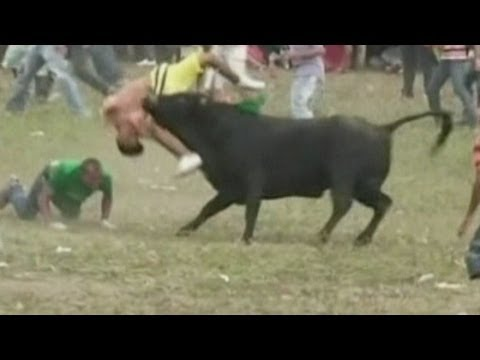 Graphic Video: Two Men Killed During Bullfight In Colombia video