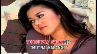 download lagu Salangit - Nia Daniaty gratis