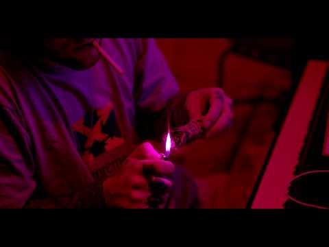 Mac Miller - Gees (ft. ScHoolboy Q) (prod. Chuck Inglish)