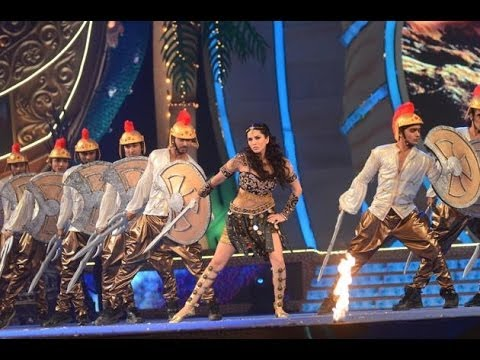 Sunny Leone - Set Fire On The Dance Floor At Big Star Entertainment Awards 31st Dec 2013 video