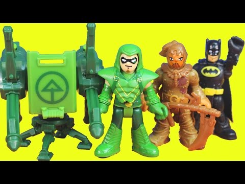 Imaginext Green Arrow saves Batman Gotham city police from scarecrow toys story playset