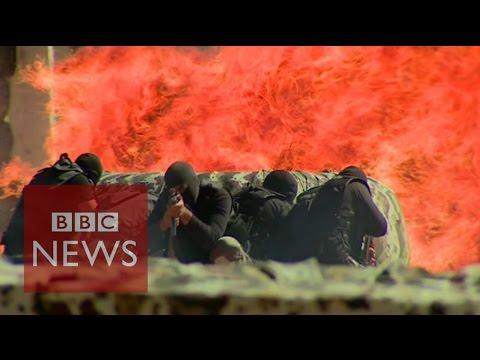 Saudi Arabia a 'prime target' for Islamic State - BBC News