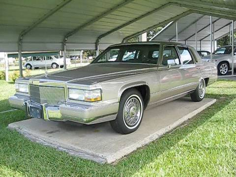1990 Cadillac Brougham Start Up. Engine. and In Depth Tour