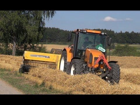 Traktor Renault Ares 550 und New Holland Ballenpresse BC 5070 im Einsatz - Baling