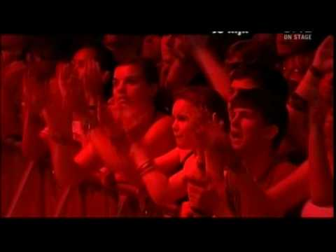 Spiral Staircase - Kings of Leon (Lowlands 2007)