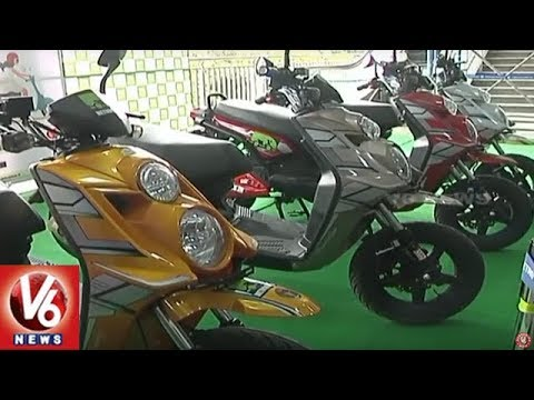 Metro MD NVS Reddy Launches Electric Scooters At Ameerpet Interchange Station | Hyderabad | V6 News
