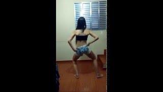 Thays Stifler Coreografia Oficial - Acompanha o Grave ( Profissa Na Dança )