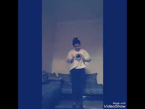 (im army ) فتاة مغربية ترقص على اغنية idol bts😘😍 thumbnail